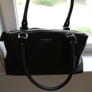 Coach Bags - Coach black leather handbag